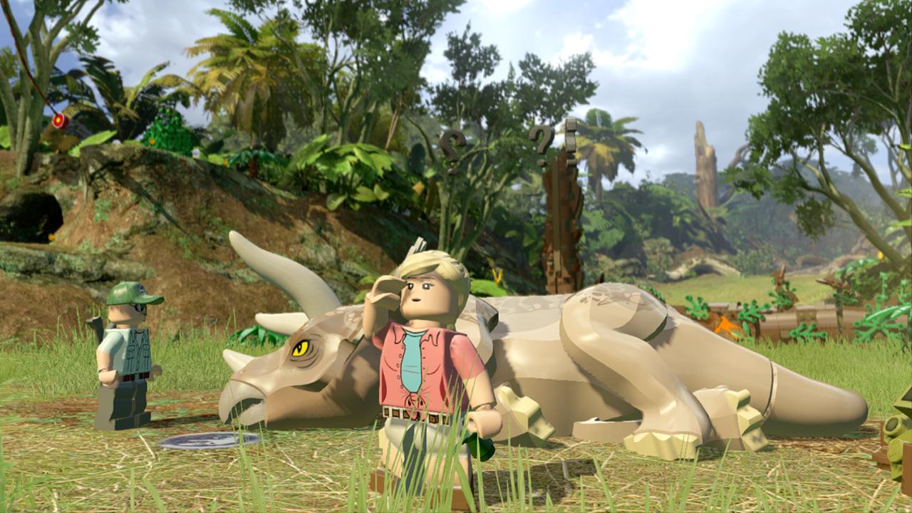 1426513121-lego-jurassic-world-sick-triceratops